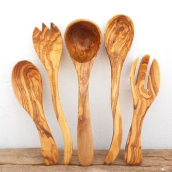Engraved Olive Wood Kitchen Utensil Set : 1 Ladle, 2 Salad Servers, 2 Mixing Cooking Spoons, Wedding gift