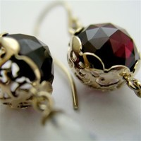 Yellow gold earrings with red garnets and opalie by artisanlook
