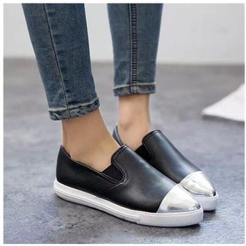 Retro Leather Metal Color Soft Color Match Pointed Toe Slip On Flat Shoes