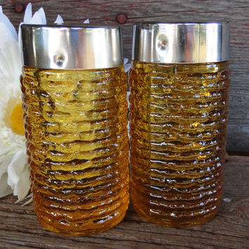 Mid Century amber glass salt and pepper shakers - Soreno Salt and Pepper shakers in Harvest gold color - Anchor Hocking mid century kitchen