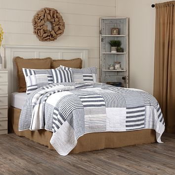 Finn Block King Quilt Set