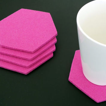 Set of 4 Pink Hexagon Coasters, Drink coasters Made Of 100% Merino Wool, Home Decoration Tableware Eco-Friendly Coasters, Party Decoration