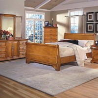 New Classic 1133 Honey Creek Oak Queen Bedroom Set