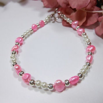 Bright Pink and White Pearl Bracelet
