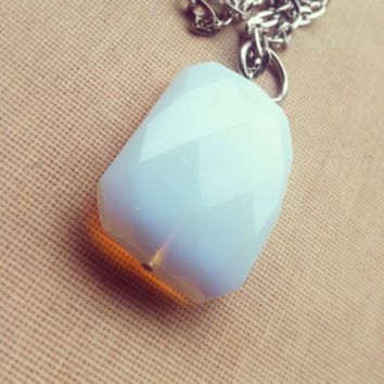 Large Moonstone Necklace- Faceted Moonstone Necklace Gemstone Necklace Birthstone Pendant Gems Opal Opalite Delicate Boho Jewelry