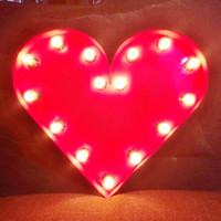 Marquee lighted Heart 18 in. Red Painted Finish, round bulbs, wiring with on/off switch