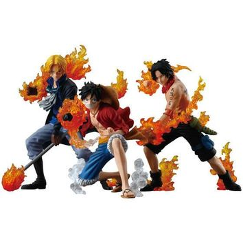 One Piece Three Brothers Of Flame Figure Set