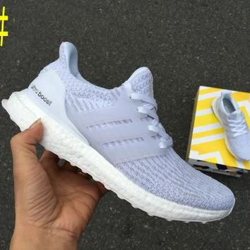 Adidas Ultra Boost Comfortable Running Breathable Sneakers B-CSXY Ligh Grey/White Soles