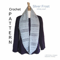 Silver Frost Infinity Scarf Crochet Pattern, Double Crochet Stitches, Quick Easy Scarf, Light Worsted Yarn