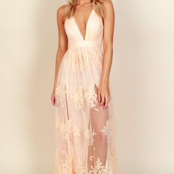 Floral Court Mesh Gown Peach