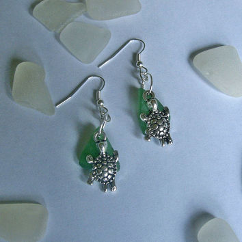 Sea turtle earrings. Sea glass earrings. Beach sea glass jewelry