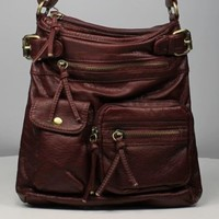B&D Messenger& Cross body This Is A Classy And Simple Stylish Cross Body Handbag That Will Never Go Out Of Style.