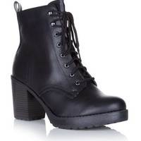 New Look Mobile   Black Chunky Lace Up Heeled Work Boots