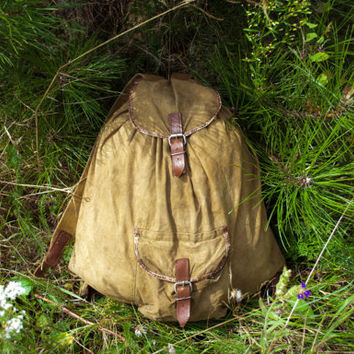 Vintage Hiking Rucksack / Soviet Travel Light Khaki Canvas Backpack w Real Leather Straps / Small Rustic Camping / Scout / USSR Explorer Bag