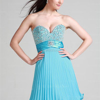 A-line Sweetheart Chiffon Knee-length Blue Beading Homecoming Dress at dressestore.co.uk