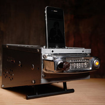 ipod iphone charging station with speaker from vintage car radio