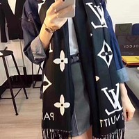 Louis Vuitton Women's Fashion Casual Wool Flannel Knit Scarf