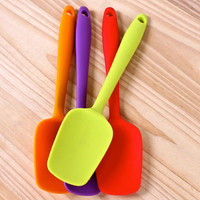 New Silicone Mixing Spoon Utensil Cake Putty Spatula Bakeware Home Tableware