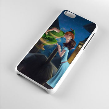 Peter Pan and Wendy Kiss iPhone 5c Case