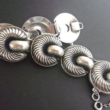MONET Sterling Silver Bracelet Modernist, Spiral Cut Circles, Large Links, Vintage