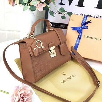 Louis Vuitton LV Women New Fashion High Quality Leather Shoulder Bag