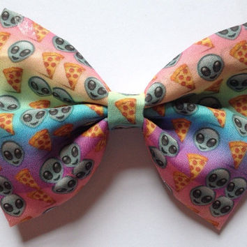 Rainbow Emoji Hair Bow Hairbow Pastel Gradient Alien Pizza Tumblr Grunge Space Ombre Pepperoni Kawaii Kitsch Cute