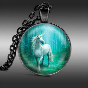 Mist White Unicorn Horse glass photo cabochon necklace Horse Necklace Silver Vintage Horse Art Pendant glass dome jewelry