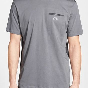 Men's Nike SB 'Beamis' Dri-FIT Pocket T-Shirt,