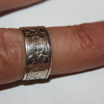 Vintage Sterling Embossed Ring 1960s Jewelry Engagement Wedding Band