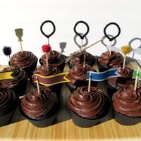 Harry Potter Quidditch Birthday Cupcake Toppers by Kiwi Tini Creations on Etsy