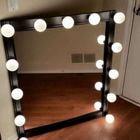 Hollywood Showgirl Lighted Vanity Mirrors