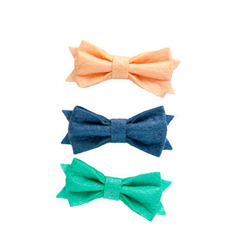 Bows in hair, coral, navy, teal, hair bow set, homemade hair bows, felt hair clips, custom hair bows, cute hair clips, ribbon hair clips