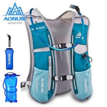 AONIJIE 5L Running Backpack Outdoor Sports Trail Racing Hiking Marathon Hydration Vest Pack 1.5L Bag 600ML Kettle Men Women
