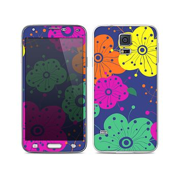 The Bright Colored Cartoon Flowers Skin For the Samsung Galaxy S5