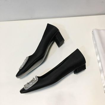 Roger Belle Vivier Women Crystal 2.5cm/4.5cm Pumps in Silk Satin Black - Best Deal Online