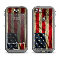 The Dark Wrinkled American Flag Apple iPhone 5c LifeProof Nuud Case Skin Set