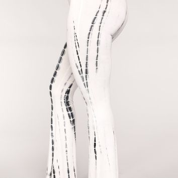 Jazmin Flare Tie Dye Pants - White/Black