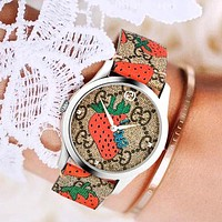 GUCCI Fashionable Woman Men Watch Watches Wrist Watch strawberry Watch