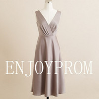 Sheath/Column V-neck Elastic silk-like stain Knee-Length Bridesmaid/Evening/Prom Dress