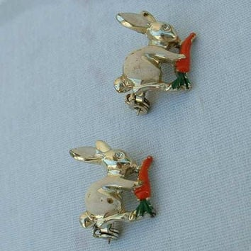 Two Rabbits w Carrots Enamel Scatter Pins Vintage Figural Jewelry