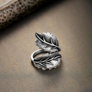 Twisted Leaf Fashion Ring