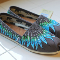 Feather Moccasin TOMS by BStreetShoes on Etsy