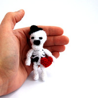 minature skeleton, tiny crocheted skeleton, mini skeleton, skull, kawaii collectible funny crature, white black red heart, funny gift