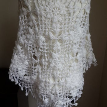 White Wedding Wrap, white wedding crochet shawl, white bridal shawl, white bridesmaid shawl, crochet wedding shawl, winter wedding shawl