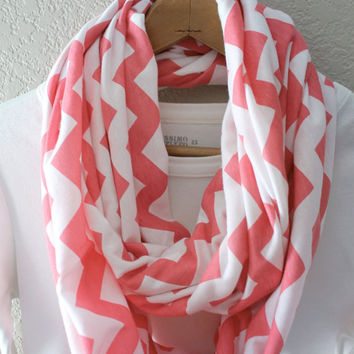 EASTER SALE Infinity scarf, circle scarf, eternity scarf, loop scarf, tube scarf, Chevron,Watermelon Pink and White, Knit Scarf ,Spring