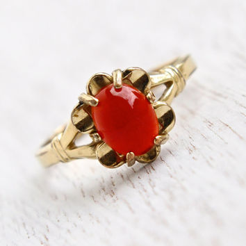 Vintage Carnelian Glass Stone Ring - 1940s 10K Yellow Gold Filled Signed Vargas Size 8 Victorian Revival Flower Jewelry / Deep Red Oval
