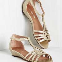 Luxe Wanna Prance with Somebody Sandal in Gold