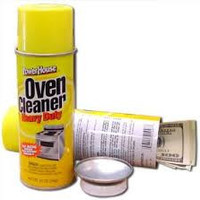 Oven cleaner can safe