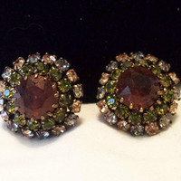Austria Couture Amber Green Glass Rhinestone Vintage Button Flower Earrings 1950's
