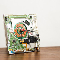 Desk clock made from a 3 1/2 inch floppy disk drive - cyberpunk clock
